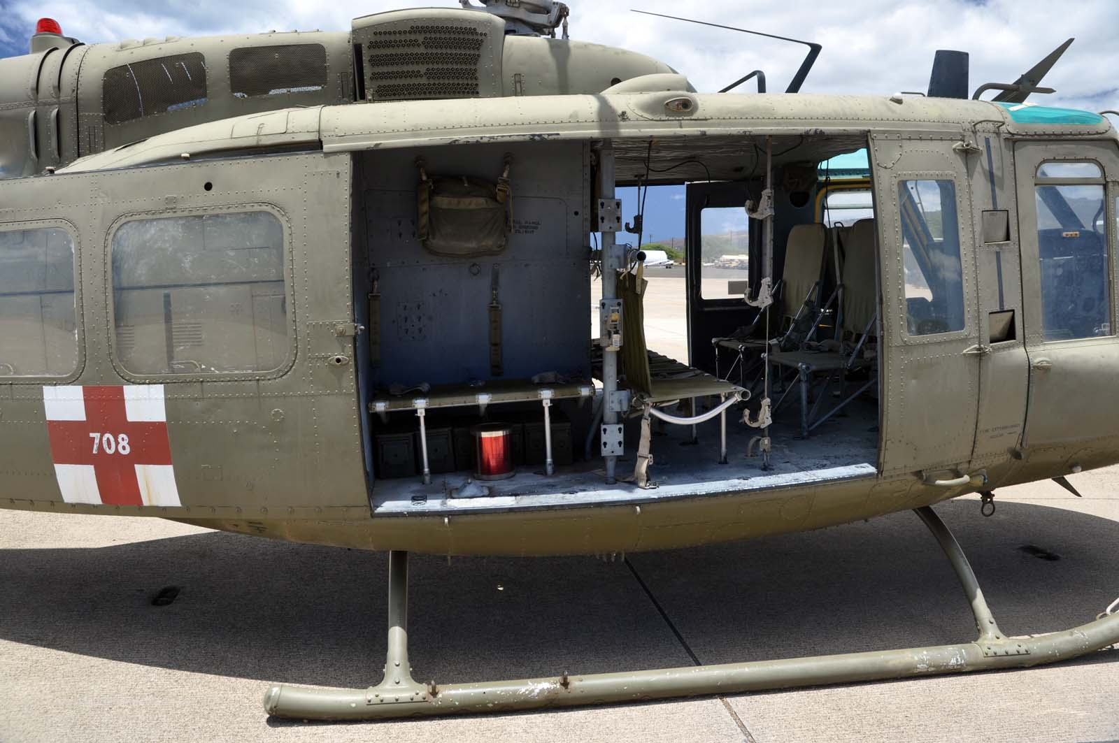 TOADMANS TANK PICTURES UH 1H HUEY