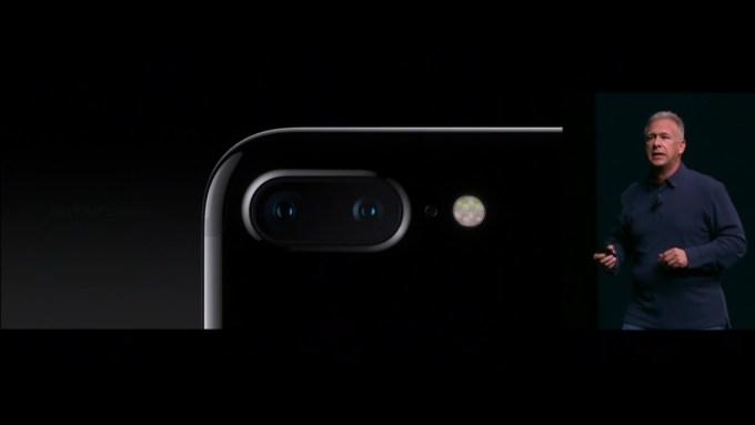 iphone7-announcement-camera