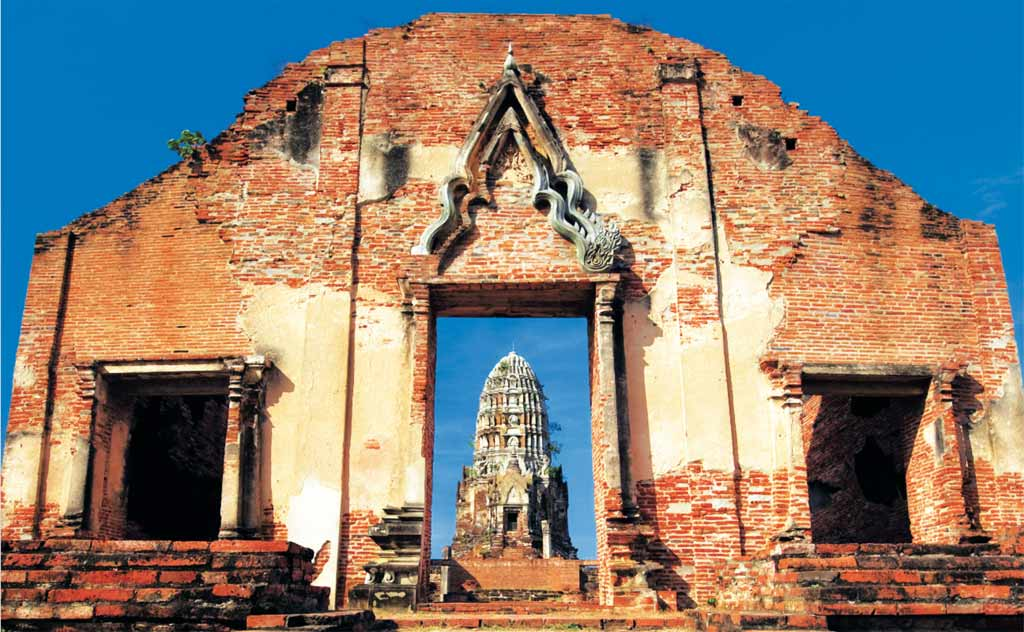 Ayutthaya Temples: Wat Ratchaburana in Ayutthaya, Thailand