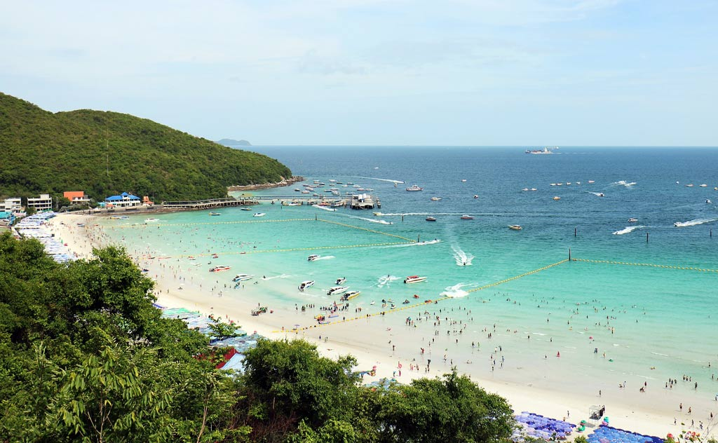 Koh Larn (Coral Island Pattaya) view of beach from hill
