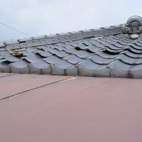 三木市にて、瓦屋根台風被害、瓦工事、東播リフォームが直ぐに」直しました。