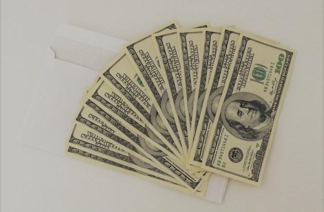 Цената на щастието. Банкноти