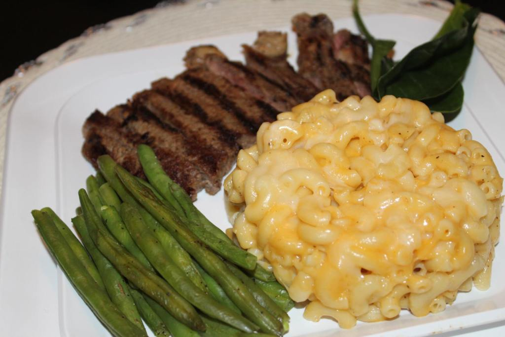 Rib eye steak, three cheese macaroni and fresh steamed green beans
