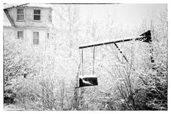 SnowfallHangingMailbox