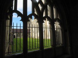 Chichester, the cloister