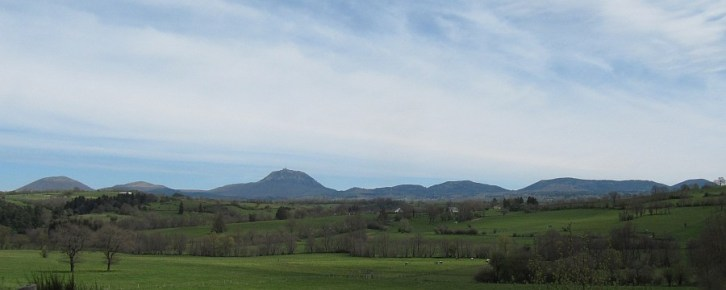 Wulkany Owerni - Le Puy de Dome czy jakoś tak - ten największy