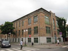 Jeden z najładniejszych budynków od lat w remoncie. Nic się nie dzieje :(