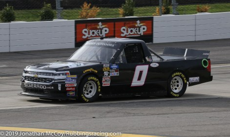 Cody McMahan's No. 0 Unsponsored Chevrolet Silverado (Photo Credit: Jonathan McCoy / RubbingsRacing.com)