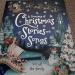 Parragon: A Treasury of Christmas Stories and Songs