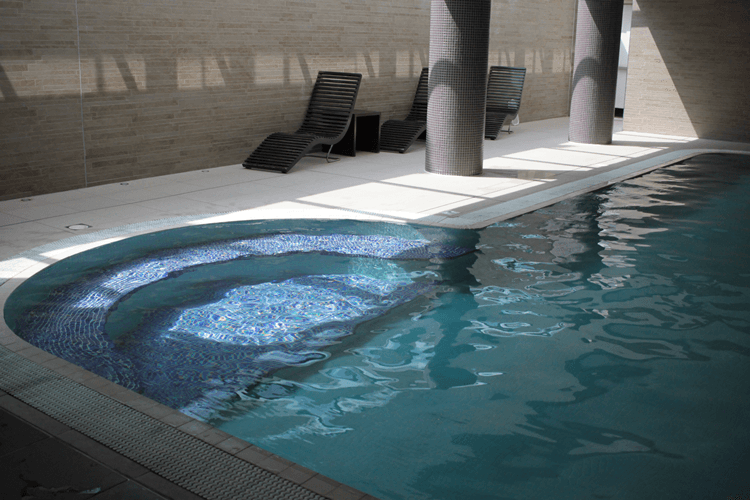 Swimming pool at Novotel Edinburgh Park