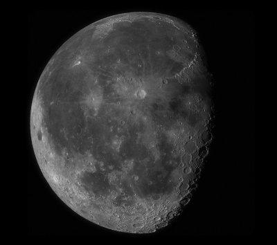 Учёные утверждают, что на Луне есть металл