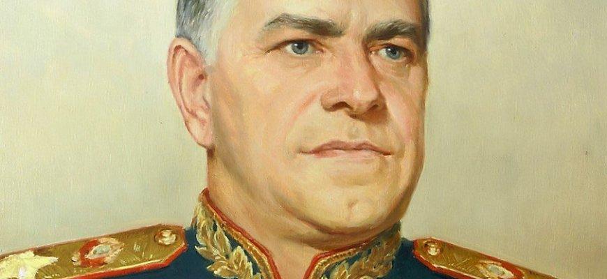 В Харькове вернули бюст маршала Жукова
