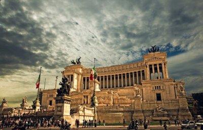 Правительство Италии ушло в отставку но продолжит исполнять обязанности