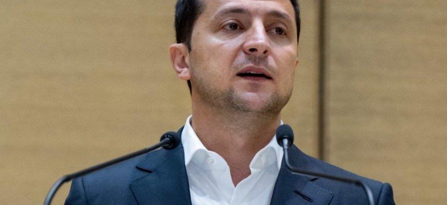 Украинская Рада наделила Зеленского диктаторскими полномочиями