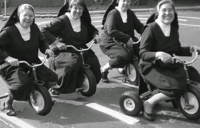 nuns-having-fun-12