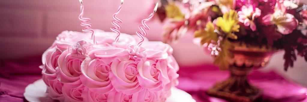 tarta bonita con flores