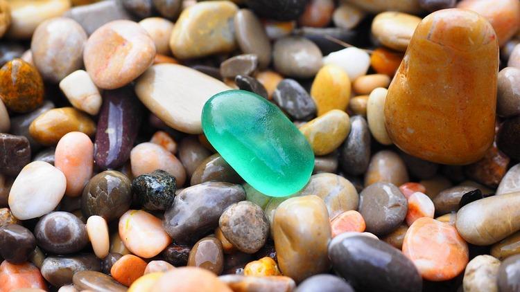 Allá voy, allá voy, piedras, ¡esperen! - Pablo Neruda