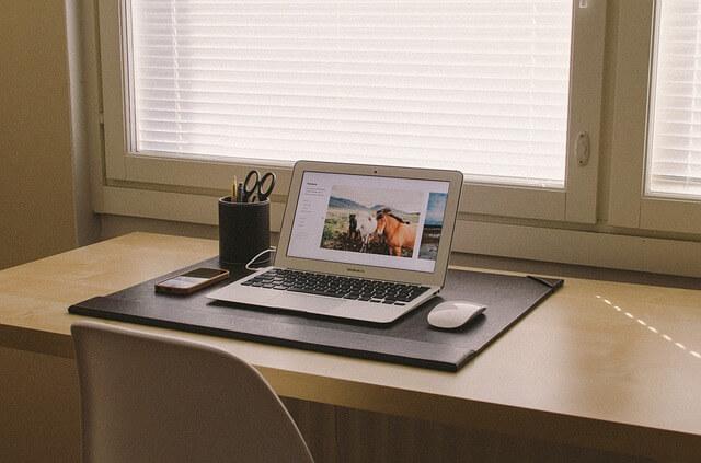 MacBook ProとMacBook Airを比較