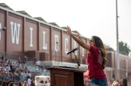 Alisha Sharma addresses incoming students at Wildcat Welcome.
