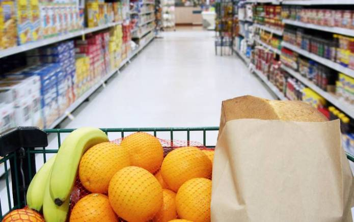 A registered dietitian leads each Grocery Store Tour.
