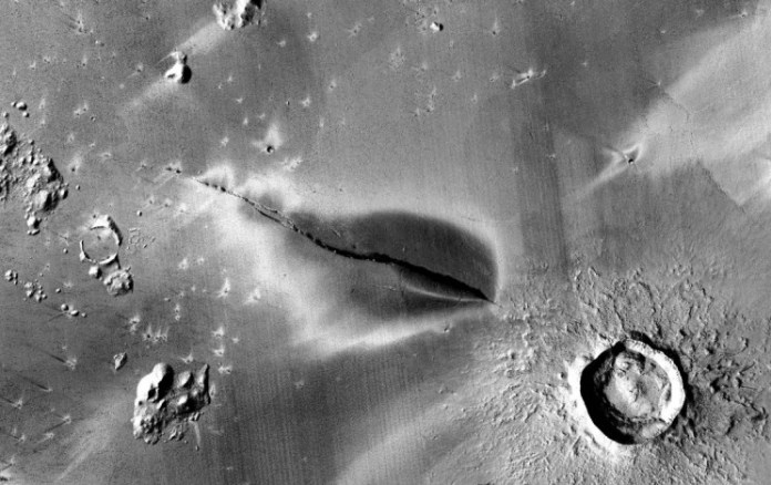 Mars Isn't Dead: Volcanic Deposits on the Planet Suggest Life Sustainability