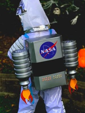DIY Light-Up Astronaut Jet Pack