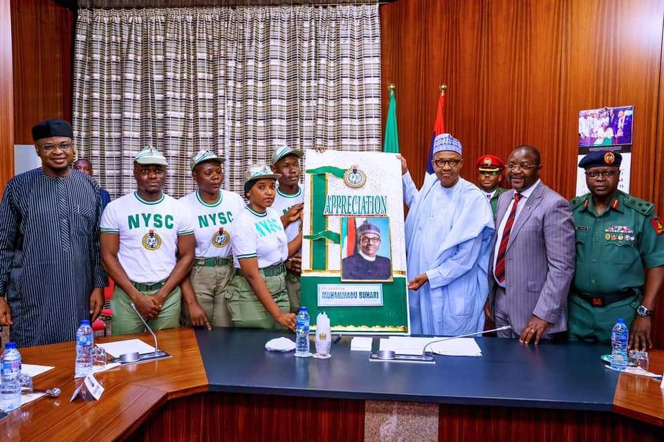 Photos: President Buhari receives NYSC Corp Members in Appreciation Visit over their Increased Allowance in State House on 6th Feb 2020