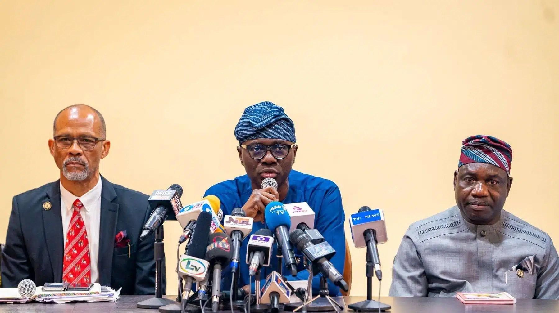 L-R: Lagos Commissioner for Health