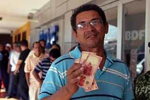 Nicaragua Begins Solidarity Bonus Payment to State Workers