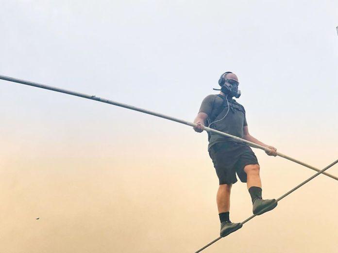 Nik Wallenda Walks Tightrope Over Nicaragua's Masaya Volcano (Photos)