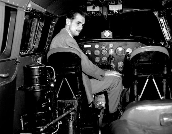 Howard Hughes: billionaire in Managua