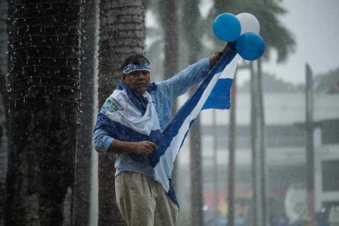 Protests In Managua Despite Huge Police and Paramilitary Presence