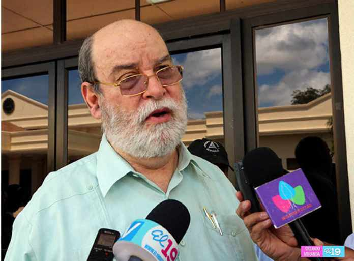 Supreme Court Judge, Rafael Solís, Resigns and Takes Refuge in Costa Rica