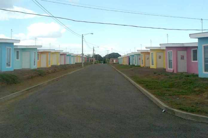 Housing Project Planned for Nicaraguans Earning Under US$400