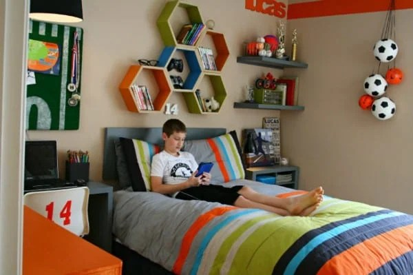 {Boys} 12 Cool Bedroom Ideas - Today's Creative Life on A Small Room Cheap Cool Bedroom Ideas For Teenage Guys Small Rooms  id=14035