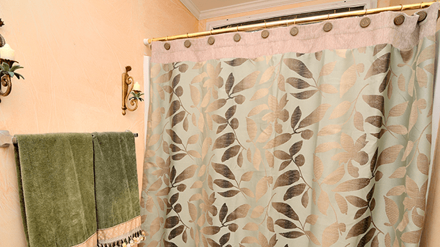 shower-curtain-rod