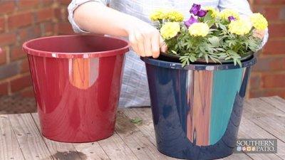 southern-patio-self-watering-grower