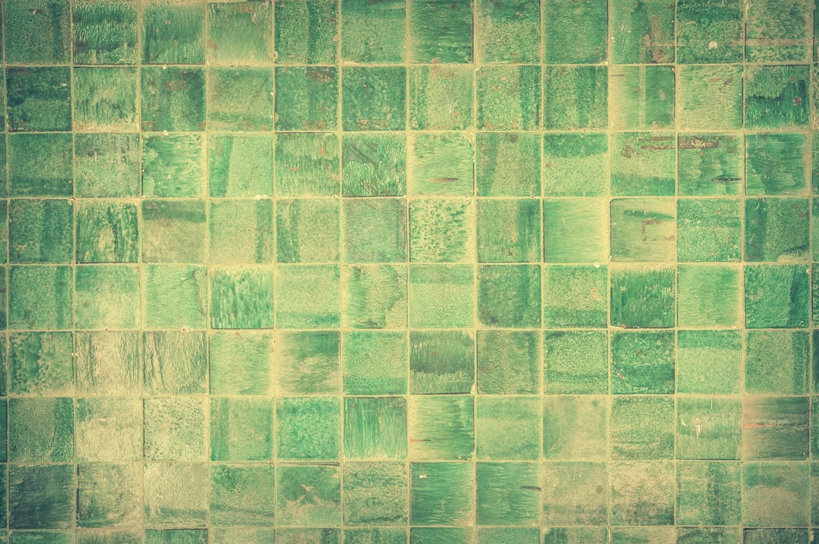 easily resurface wall tile with