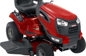 Craftsman YT 3000 46 inch 22 hp Riding Lawn Tractor Model 28853 Review 4
