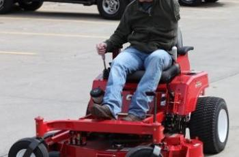 Country Clipper Mowers Surprises Wounded Warrior 1