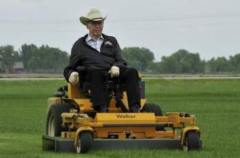 Walker Manufacturing Mourns Passing of Founder Max Walker 2