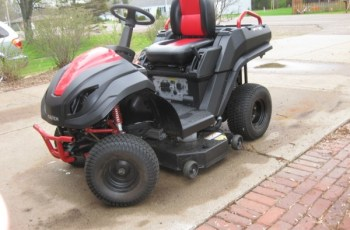 2014 Raven MPV-7100 Hybrid Mower Review - Are You Ready For A Change? 4