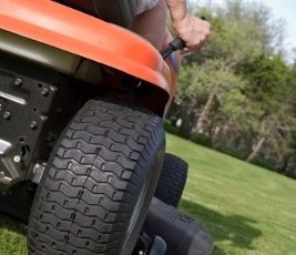 Children and Lawn Mower Safety: Outdoor Power Equipment Institute Tips 12