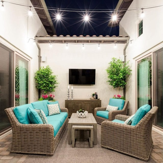 tips on how to fit your patio furniture