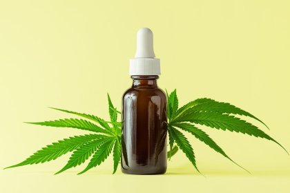 Should You Use Hemp Oil? What Experts Want You to Know