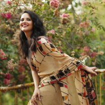 anasuya-bhardwaj-saree-photos