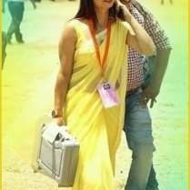 yellow_Saree_Women_Hot_Navel_photos (10)