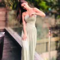 mouni_roy_hot_photos (2)