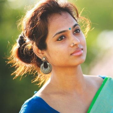 Actress Ramya Pandian Hot Saree Photos Stills