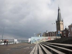 Rheintreppen.